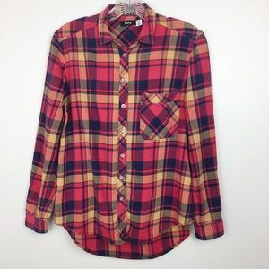 URBAN OUTFITTERS BDG Flannel Button-Down S…
